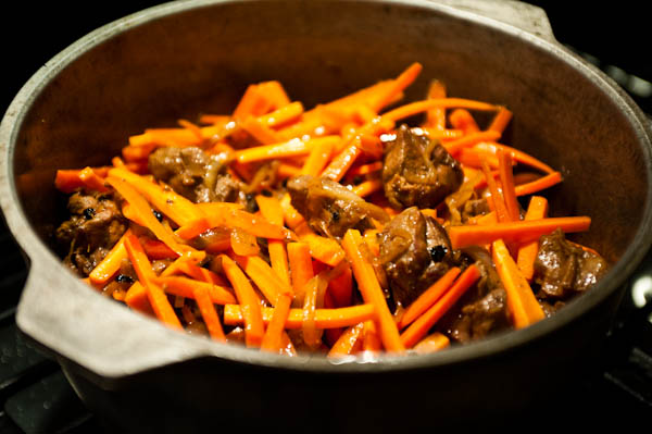Step by step Plov Making: Adding carrots
