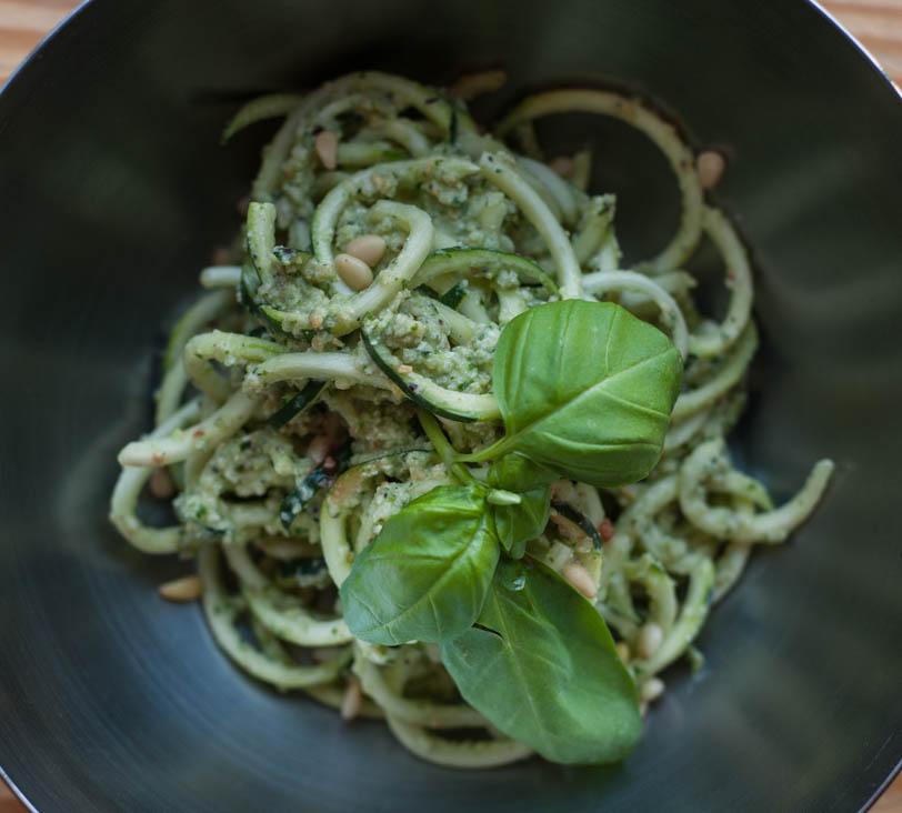 Oil-Free Paleo Pesto Zucchini Noodles